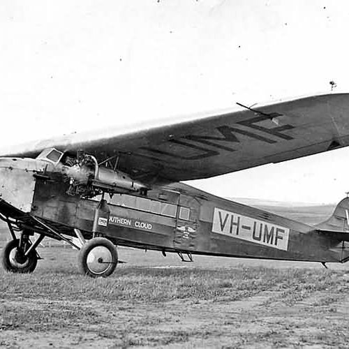 a picture of the Avro X aircraft called the southern cloud circa 1930